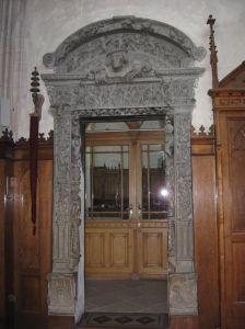 Uşa sacristiei din Biserica Sfântul Mihail