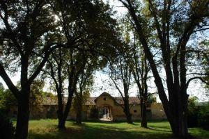 Parcul Klobosinski. În spate se vede conacul ©Remus Suciu