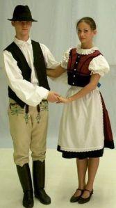 Secui în costume populare